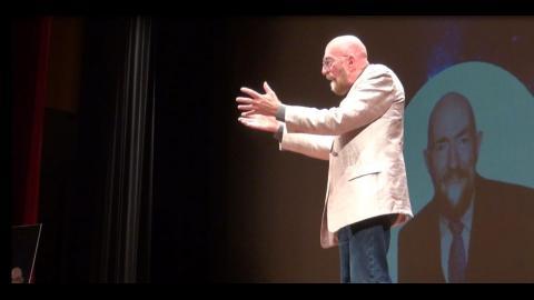 《星際效應》科學顧問成大演講 景際物理大解謎