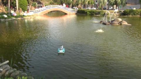 成大成功湖遙控船大賽  激發對水文的想像