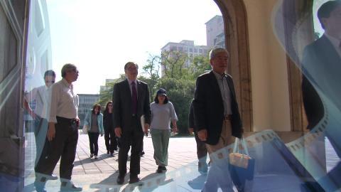【影音】成大與美國普渡大學簽署大工程領域「雙學位計畫暨線上課程合作協議」